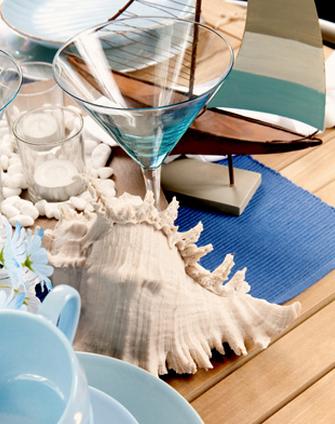 La bella tavola in vacanza al mare