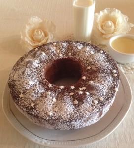 Ricetta di dolce ciambella al cioccolato bianco aromatizzato alla vaniglia