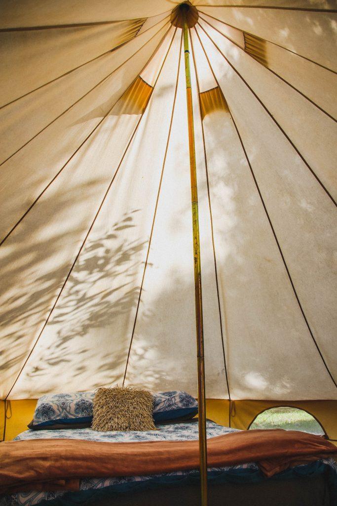 bed-camping-glamping